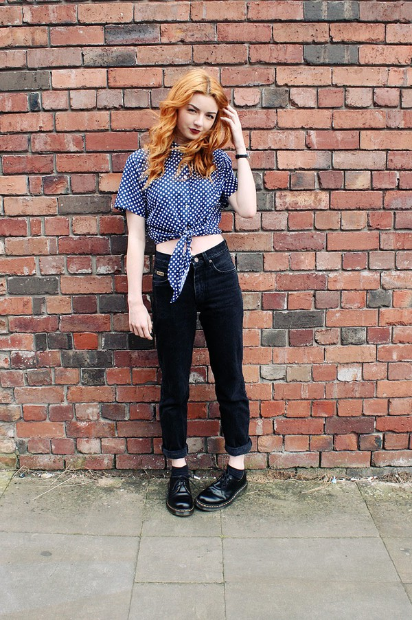 hannah louise fashion blogger cardigan jeans shoes polka dots DrMartens hipster grunge crop tops american apparel
