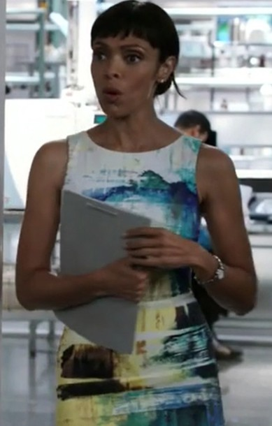 dress,blue,yellow,white,bones tv show,tamara taylor,dr camille saroyan