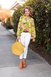 something delightful,blogger,top,jeans,jewels,bag,shoes,straw bag,white pants,floral top,spring outfits