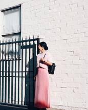 skirt,tumblr,pink skirt,pleated skirt,pleated,maxi skirt,sweater,pink sweater,fluffy,cozy,cozy sweater,backpack,black backpack,pastel pink