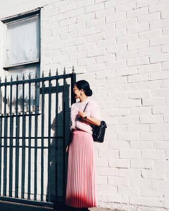 skirt tumblr pink skirt pleated skirt pleated maxi skirt sweater pink sweater fluffy cozy cozy sweater backpack black backpack pastel pink