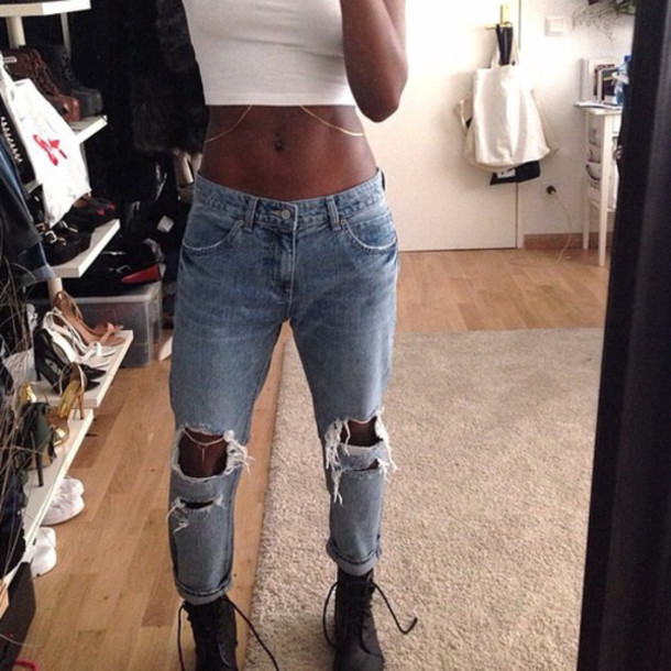 Shoes jeans boyfriend jeans hipster grunge jewels t-shirt pants blue jeans white crop ...