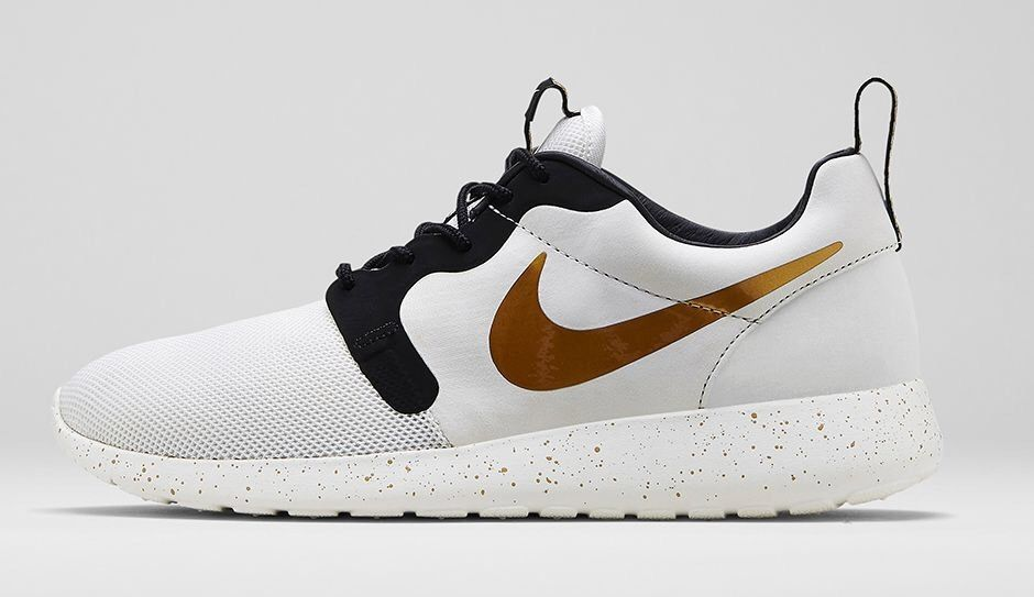promo code 53d55 cf8e1 Nike Roshe Run HYP Hyperfuse Gold Trophy World Cup 9.5 Jordan ...