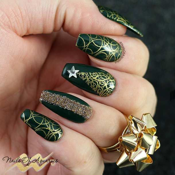 nail polish holiday nail art holiday season holidays nail art christmas christmas nail art nails nail art