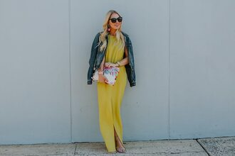 cortinsession blogger dress bag sunglasses shoes jewels yellow dress maxi dress denim jacket spring outfits clutch