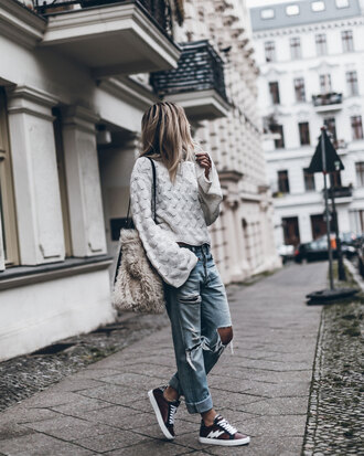 mikuta blogger top shoes bag jeans jewels furry bag fall outfits ripped jeans boyfriend jeans sneakers