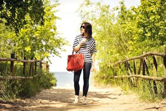 shiny sil blogger blouse top belt jeans shoes bag sunglasses