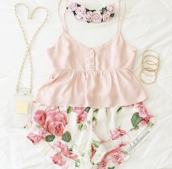 blouse pastel pink floral