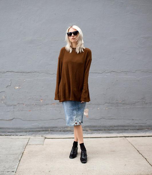 always judging blogger oversized sweater embellished denim sweater skirt shoes sunglasses