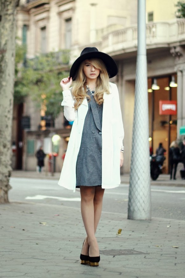 brown platform jacket coat jewels hat shoes