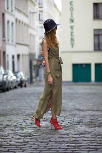 from brussels with love blogger dress zara shoes red heels