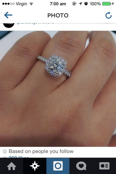 jewels ring wedding clothes