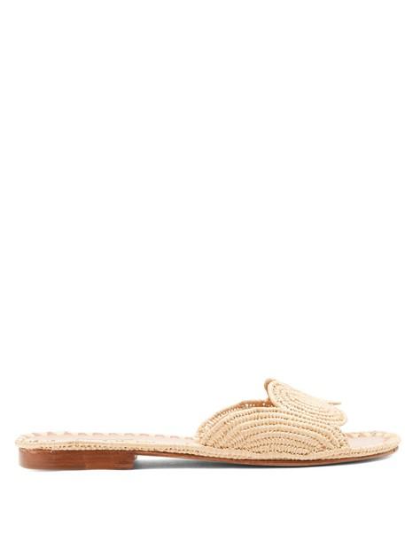 cream shoes