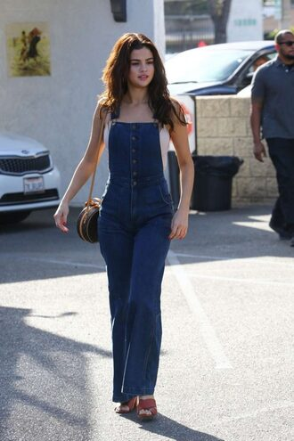 jeans overalls denim selena gomez streetstyle spring outfits
