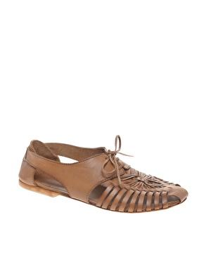 Chaussures traditionnelles en cuir ã lacets chez asos