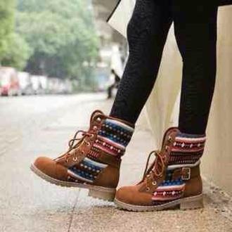 shoes boots winter autumn fall spring brown tan aztec pattern laces colour color