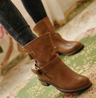 shoes boots fashion style brown platform brown combat boots brown leather boots buckle boots winter swag winter outfits winter boots brown boots low heel