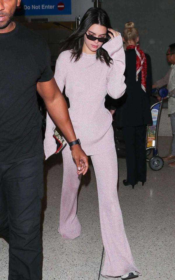 sweater kendall jenner knitwear fashion week model off-duty kardashians pastel