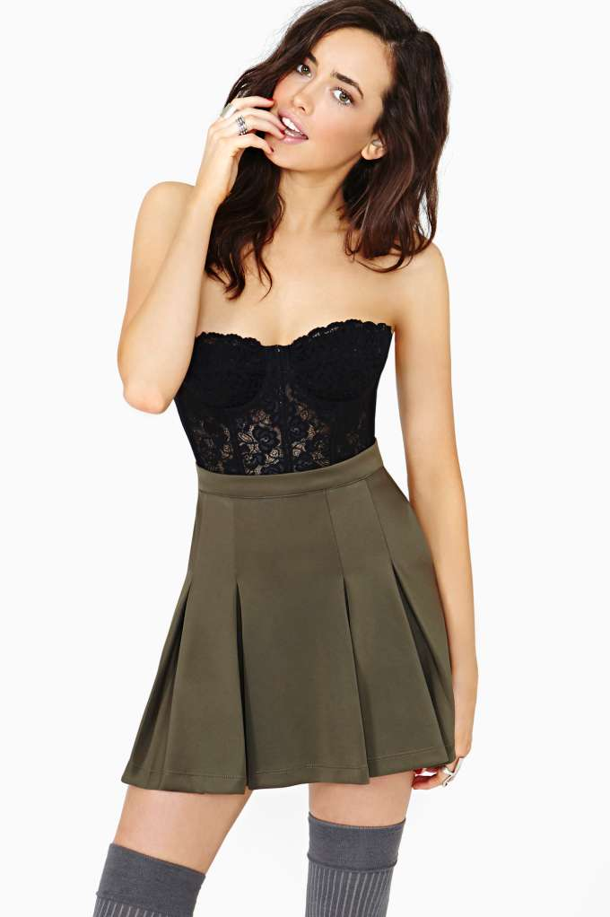 Fleur Lace Bustier  in  Clothes Tops Bustiers   Bodysuits at Nasty Gal