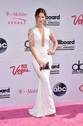 dress,kate beckinsale,long prom dress,plunge dress,billboard music awards,gown,prom dress,wedding dress,white,white dress,clutch,bag