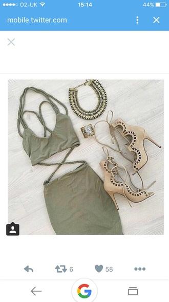 dress jewels shoes heels skirt top bangle knecklace khaki
