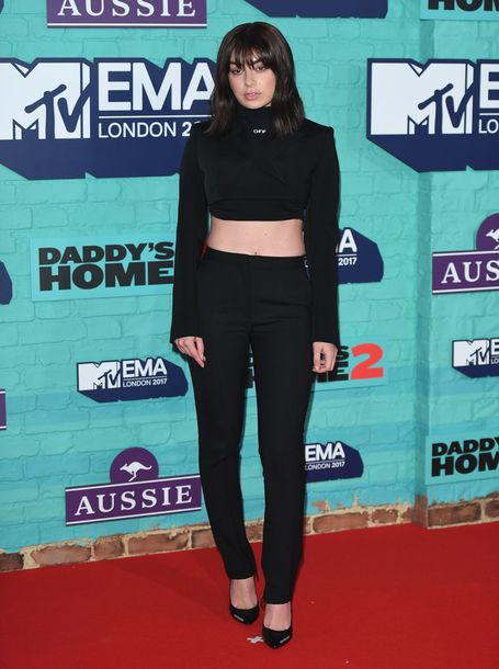 top crop tops all black everything mtv ema awards pants pumps charli xcx
