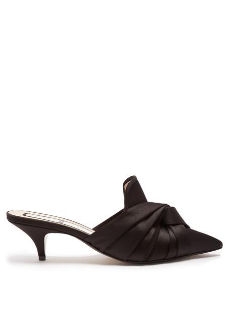 No. 21 mules satin black shoes