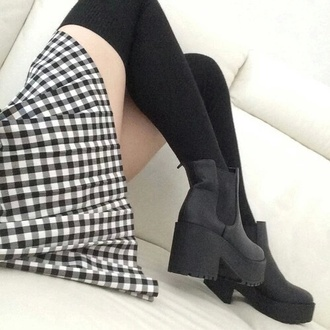 shoes boots ankel boots knee high socks skirt plaid skirt