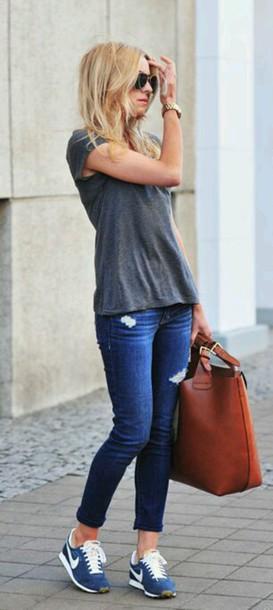 bag leather bag shoes blue nike... style? nike shoes nike