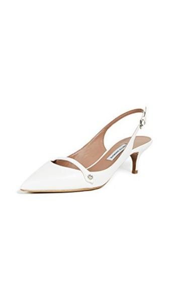 tabitha simmons pumps white shoes