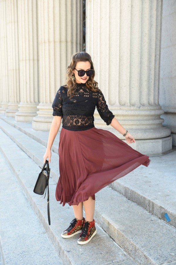 24a66f62bed8b live more beautifully blogger top skirt jacket bag shoes sunglasses jewels  make-up.