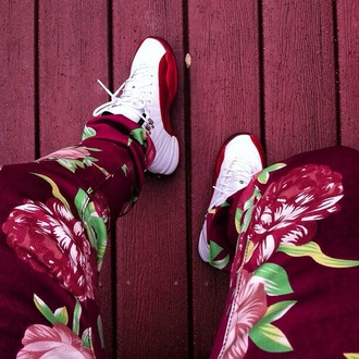 jeans pants floral red fashion shoes jordans white dope flowers joardans gold kanye west color jeans jay z justin bieber burgundy green joggers menswear red floral pants sweatpants emoji pants