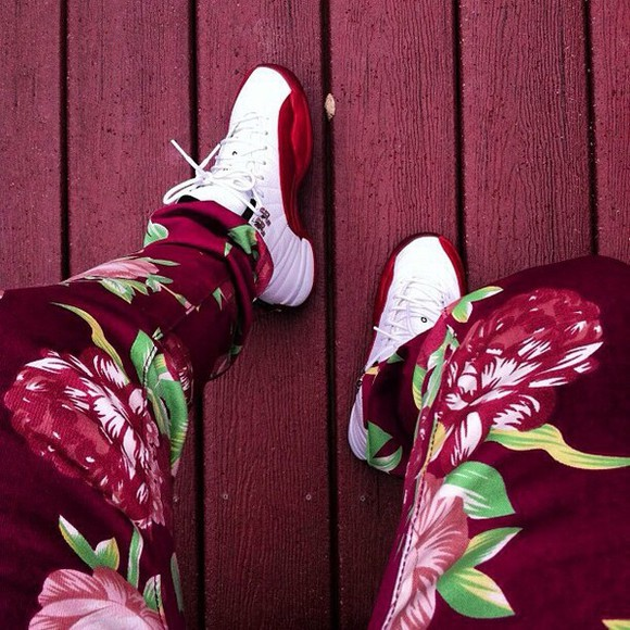 pants floral red jordans jay z kanye west color jeans justin bieber, jeans fashion shoes white dope flowers