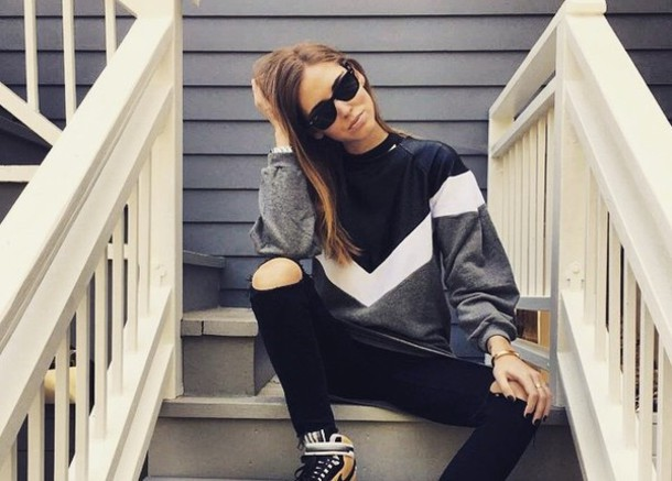 sweater band shirt pull blanc white strip stripes striped sweater noir black gris grey style beautiful band t-shirt striped shirt