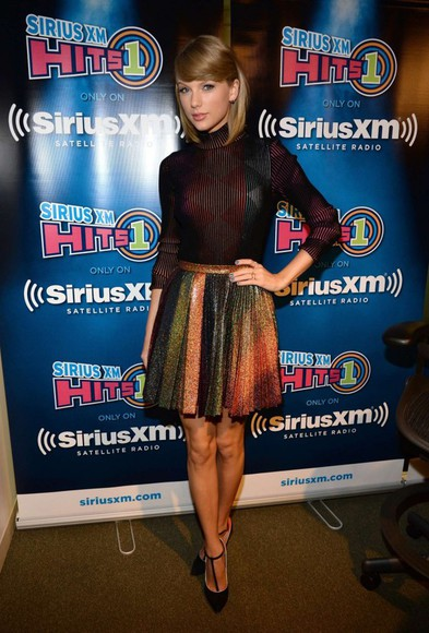 long sleeves shirt shoes taylor swift fall outfits