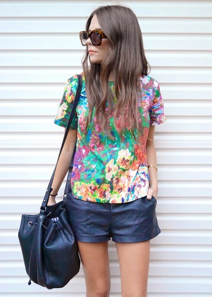 sunglasses shorts bag jewels t-shirt spin dizzy fall