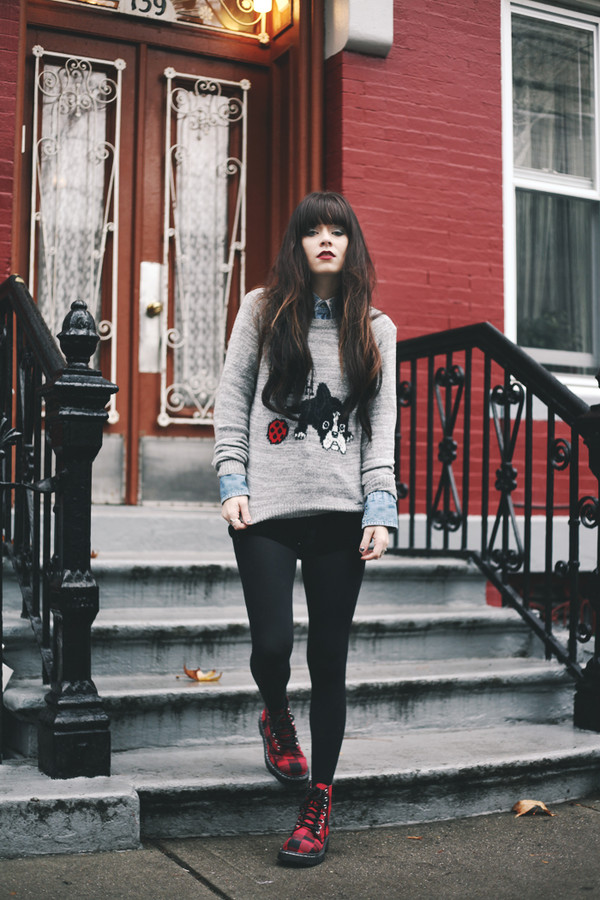 jag lever sweater shoes shirt