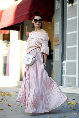 sweater pink skirt all pink everything all pink outfit pleated skirt maxi skirt pink sweater off the shoulder sweater off the shoulder bag chloe bag chloe ting nude bag sunglasses black sunglasses spring outfits