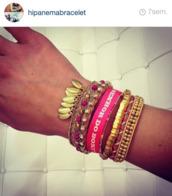 jewels,jewelry,jewelry bracelets,colorful,bracelets,colourful braclets cute,hippie,hippie chic,boho,gold,gold bracelet,pink,pink bracelets,pink jewels,gold jewelry,hipanema,cute,leaves,bresilian,brazil,brazilian,summer outfits,sexy