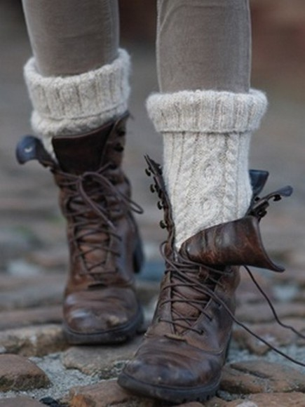 shoes brown leather boots cute hipster sweet winter boots vintage clothes clothes socks combat boots fall outfits knit socks pants i want the socks brown lace-up boots lace up ankle boots
