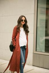 something navy,blogger,jacket,t-shirt,jeans,shoes,jewels,sunglasses,coat
