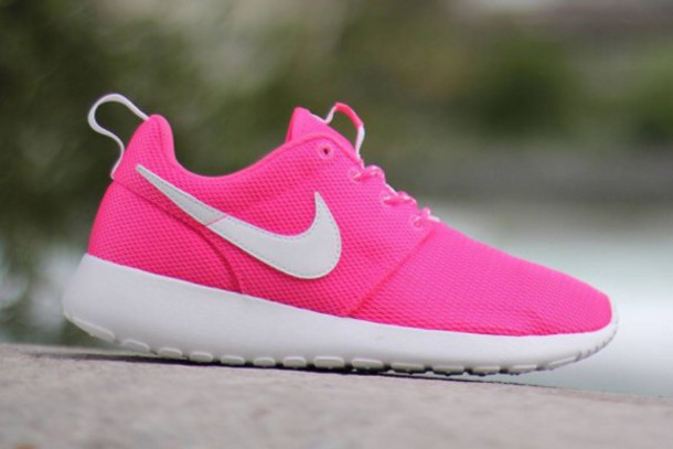shoes pink nike roshes cute roshies