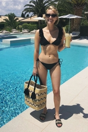 bag,emma roberts,summer,summer outfits,swimwear,bikini,bikini top,bikini bottoms,flip-flops,sunglasses,swimwear two piece,black swimwear