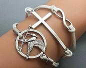 jewels,bracelets,silver