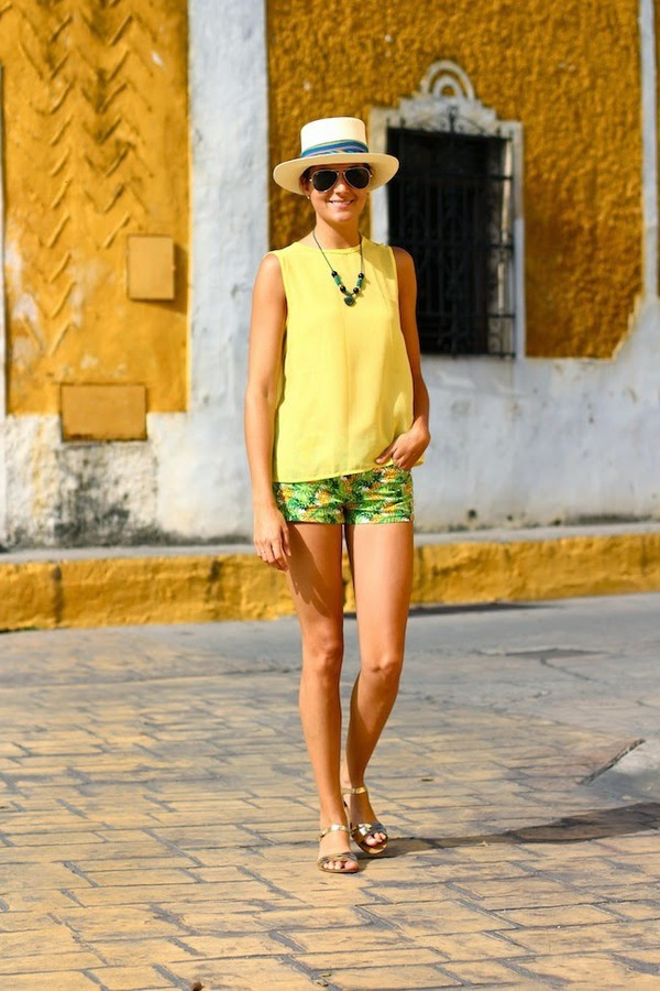 marilyn's closet blog blouse shoes jewels