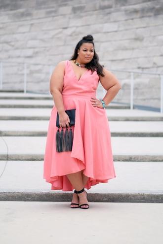 garner style blogger plus size dress pink dress high low dress bag tassel pouch sleeveless sleeveless dress maxi dress spring outfits curvy plus size dress plus size bridesmaid plus size bridesmaid dress plus size prom dress