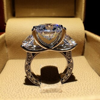 jewels princess cut engagement ring