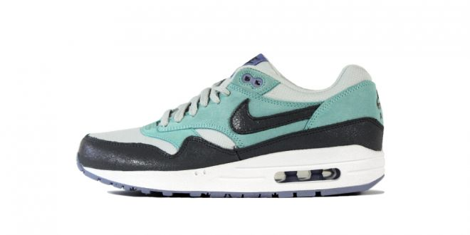 Nike Wmns Air Max 1 Essential-Glacier Ice-stickabush.com