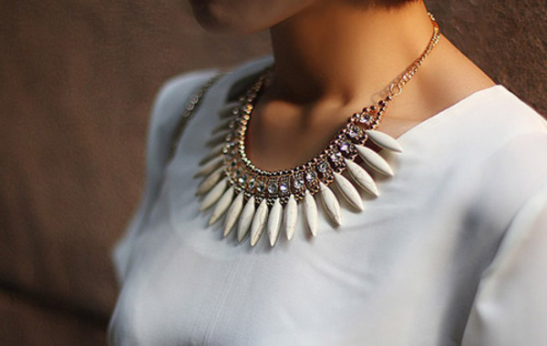 jewels white necklace statement necklace barbeeboutique aztecnecklace tribalnecklace necklace accessories jewerly tops gorgeous necklace gold necklace big necklace