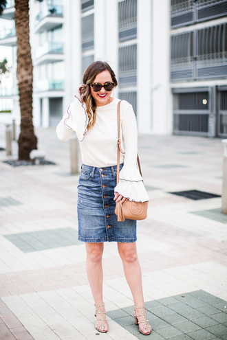 miami + dallas based lifestyle and fashion blog blogger top skirt bag sunglasses jewels